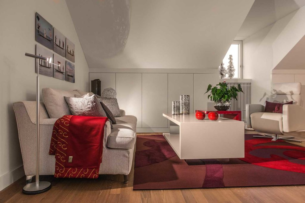 An elegant city apartment with tailor-made design furniture - Idee ...